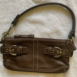 COACH clutch/shoulder bag